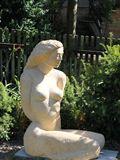 Velká dívka,r.2013,v.120 cm